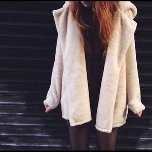 RARE Brandy Melville Sandra Fur Coat - One size
